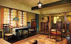 A Gustav Stickley retrospective is on exhibit at the Dallas Museum of Art until May 8th. Stickley help found the Arts & Crafts movement in America