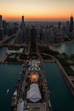 Chicago, you can't get enough of this city !