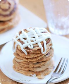 Cinnamon Roll Pancakes(Vegan)