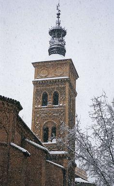 Zaragoza, Spain. Iglesia de san Miguel de los Navarros. Fotografía de Ricardo Vila