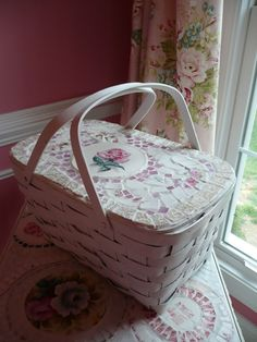 Mosaic picnic basket