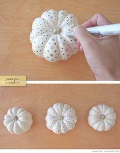 Paint Pendesign on mini Lumina pumpkins