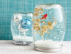 Mason Jar Christmas Crafts: Snow Globes with Tiny Ornaments | #crafts #masonjars via Put it in a Jar (putitinajar.com)