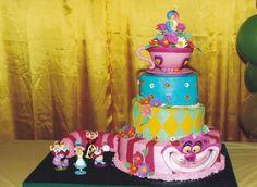 Cake from a Alice in Wonderland Party #aliceinwonderland #cake