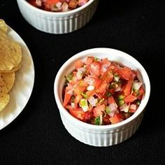 This salsa is so fresh and tasty! PIN