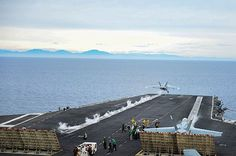 PACIFIC OCEAN (Jan. 27, 2014) An F/A-18  E/F Super Hornet assigned to the Flying Eagles of the Strike Fighter Squadron (VFA) 122 launches from the aircraft carrier USS Ronald Reagan (CVN 76).  (U.S. Navy photo by Mass Communication Specialist 3rd Class Jacob Estes/Released) #AircraftCarrier #ReaganCVN76