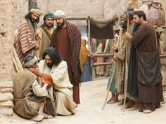 Jesus heals a man born blind free visuals A blind man healed by Jesus is questioned by the Pharisees. John 9:1-41