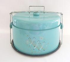 Vintage cake carrier.