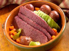 cornbeef and cabbage crockpot, crock pot, corn beef, corned beef, food
