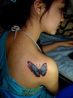 Tattoo de mariposa 3D tatuaje de mariposa en el hombro con excelentes detalles 3D - Tattoo-Tattoos.biz- Galería de tatuajes para todos los modelos nuevos y viejos.