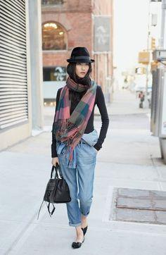 Oh, that plaid fringe scarf.