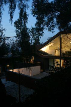 Manifold House designed by ANX / Aaron Neubert Architects
