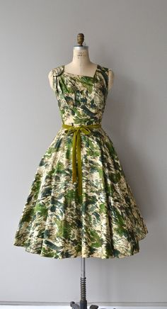 Hills of Ireland dress cotton 1950s dress vintage by DearGolden