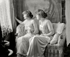 Esther Cleveland at right, daughter of Grover Cleveland, the only presidential child born in the White House. (Washington, D.C.: 1918)