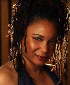Karen Walwyn, piano
