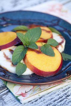 Peach Caprese Salad from ApronStringsBlog. #glutenfree