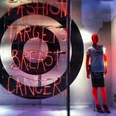 topshop Love our Fashion Targets Breast Cancer window at our #London flagship! Doing our bit for a great cause. #Topshop #OxfordCircus #FashionTargetsBreastCancer