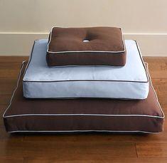 tufted floor pillow tutorial.