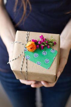 DIY Fresh Flower Gift Tags