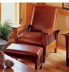 love it! Horizon Custom Homes Mission style chair :)
