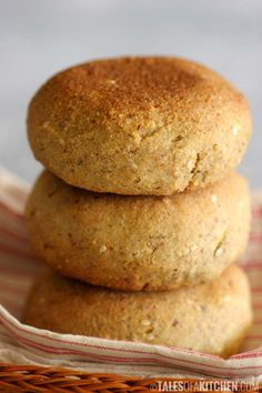 Life changing quinoa avocado bread buns - Tales of a Kitchen | Tales of a Kitchen