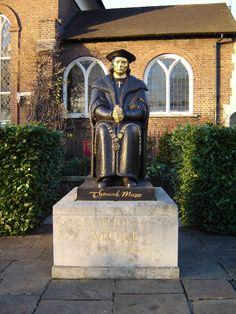 File:Chelsea thomas more statue 1.jpg