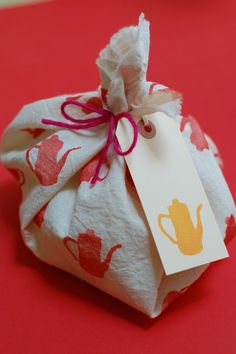 Feliz Workshop from Krank Press - Print your own wrapping paper or fabric!