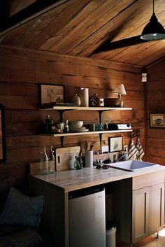 kitchen floating shelves, mini kitchen, small kitchens, cabin kitchens, kitchen interior, cabin interiors, hous, kitchen ideas, cottage kitchens
