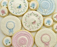 Easter bonnet cookies.