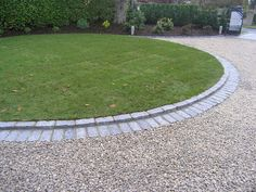 stone driveway with cobble stone border Small Backyards, Flowers Beds, Curb Appeal, Gravel Driveways Edging, Stones, Driveways Border, Driveways Ideas, Gardens Edging, Home Improvements