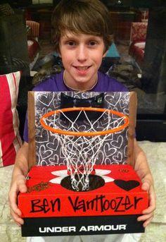Cute idea for a Valentine box!