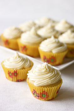 "Chamomile Vanilla Vegan Cupcakes  ---""I love this cupcake, thanks to the image owner"""