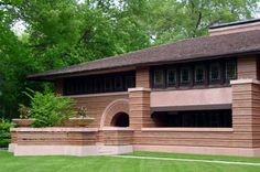 PRAIRIE STYLE The Huertley House of 1902 designed by Frank Lloyd Wright represents an early Prairie style home. The hip roof with deep overhangs, emphasis on horizontal lines, ribbon windows and central chimney mass are all features of the style.