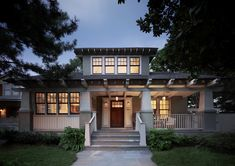Arts & Crafts - Craftsman - Bungalow