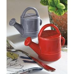 salt and pepper shakers for gardeners