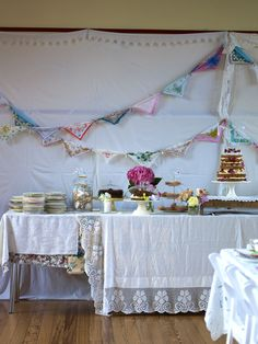 Lace & bunting party