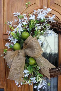 Simple Spring Wreath :: Hometalk
