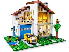 Architecture buffs will spend hours building a masterpiece with #Lego Creator Family House.
