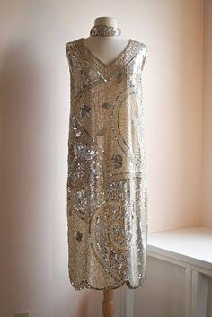 beaded 20s dresses | Vintage Beaded Flapper Dress // 20s Style Gatsby Dress