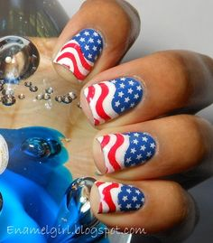4th of July nails ~ this is cute!