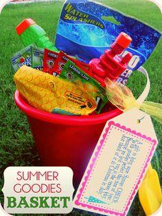 Summer Goodies Basket + Free Tags on { lilluna.com }