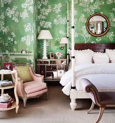 Pretty...green and pink always go merrily together ~ super Mario Buatta