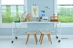 Small Modern Cottage Scandinavian Style Table