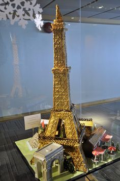Gingerbread house competition: an Eiffel Tower!