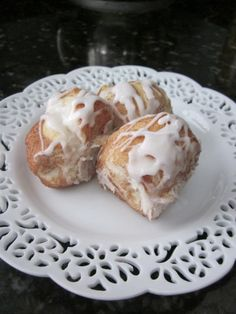Easy cinnamon pull aparts using canned biscuits