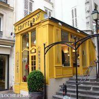4th arrondissement - rue Francois Miron.  Coiffeur...