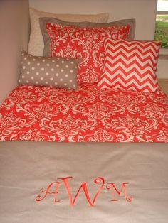 monogrammed duvet color schemes, color combos, monogram, bed, dorm rooms, colleg, big girls, guest rooms, girl rooms