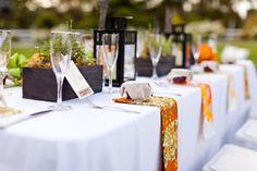 table settings, lantern, idea, table flowers, wood boxes