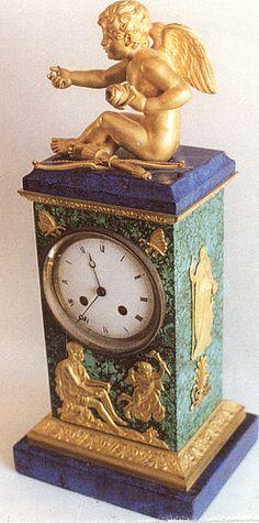 Clock Mantle