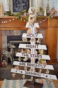 DIY Advent Tree from Old Pallet